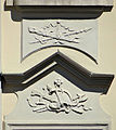 Palace under the sheet metal roof - details - 08.jpg