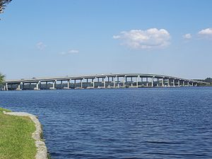 Memorial Bridge (Palatka, Florida) - Image: Palatka old memorial bridge 02