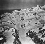 Palma Glacier, valley glacier and icefall, September 12, 1973 (GLACIERS 5762).jpg
