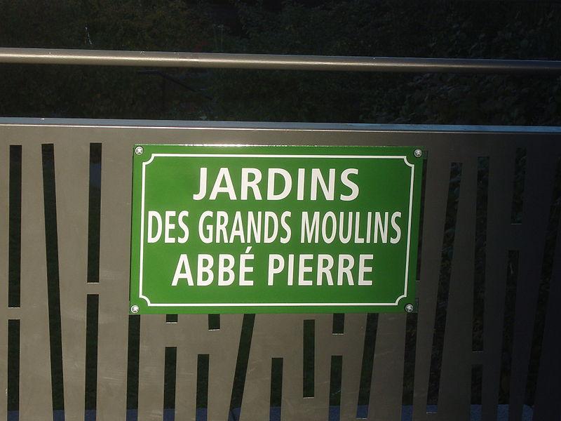 Fichier:Paris 13e - Jardins des Grands-Moulins - plaque 1.jpg