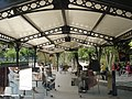 Paris 75006 Jardin du Luxembourg shelter chess player.jpg