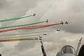 Patrulla acrobática Frecce Tricolori de la Aeronautica Militare Italiana (15352539328).jpg
