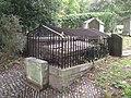 Peachey Tomb, Harrow.jpg