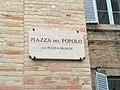 Piazza del Popolo, Fermo, street-sign kpjas 30012012.JPG
