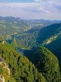 Pieniny – widok ze szczytu Sokolicy.jpg