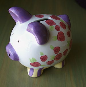 300px Piggy bank2 Educational Resource: Investing For Kids!