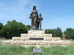 Pioneer Woman - The Pioneer Woman statue and base.