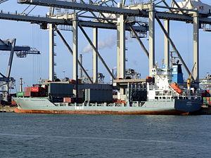 Pirita IMO 9108063 loading and unloading in the Amazone harbour Port of Rotterdam 14-Jan-2007.jpg