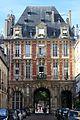 Place des Vosges. Pabellón del rey. 02.JPG