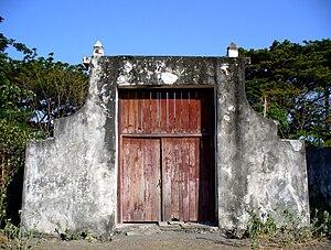 Maubara - Image: Portuguese Fort, Maubara, East Timor (312835030)