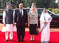 Pratibha Devisingh Patil and the Prime Minister, Dr. Manmohan Singh at the ceremonial reception of the Governor-General of New Zealand, Mr. Anand Satyanand, and his wife Mrs. Susan Satyanand, at Rashtrapati Bhavan.jpg