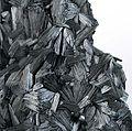 Pyrolusite-pyrol-11b.jpg