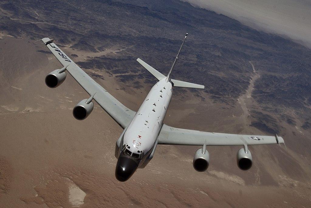 Boeing RC-135 (avion de  reconocimiento USA ) 1024px-RC-135_Rivet_Joint