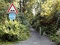 Radweg mit Huppeln.jpg