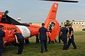 Recruits Examine Helicopter DVIDS1108721.jpg
