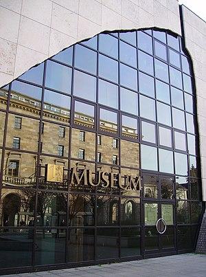 Reiss Engelhorn Museum - Image: Reiss Museum Mannheim Portal