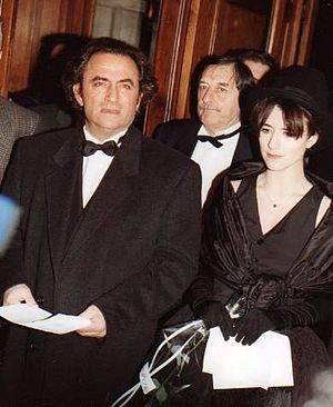 Romane Bohringer - Romane Bohringer (right) with her father at the 1993 César award ceremony.