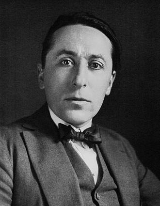 Roland Dorgelès - Roland Dorgelès in 1923