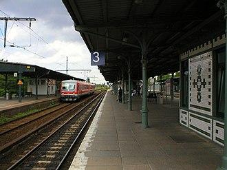 Berlin-Schöneweide station - Image: S Bahn Berlin Schöneweide