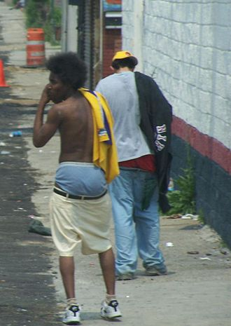 Two Detroit men sagging their pants in 2007 Sagging crop.jpg