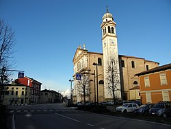 San Martino e centro (Tribano).JPG
