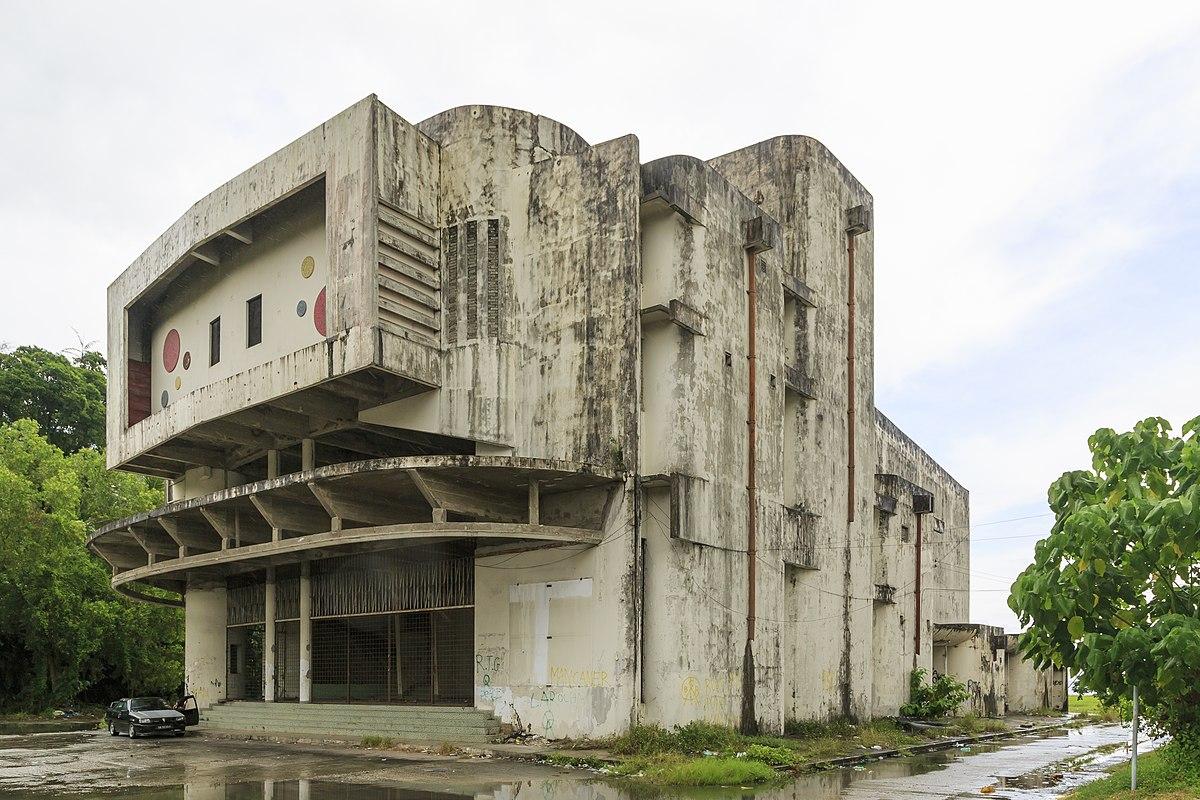 Sandakan Sabah Abandonned-HAPPY CINEMA-in-Tanah-Merah-01.jpg