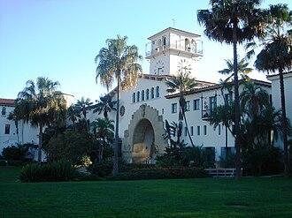 Santa Barbara County Courthouse - Image: Santa Barbara County Courthouse 2
