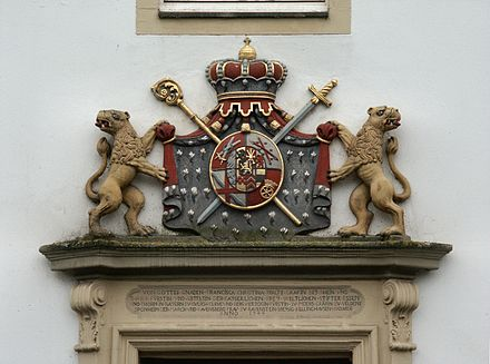 A coat of arms at Castle Borbeck SchlossBorbeck02.jpg