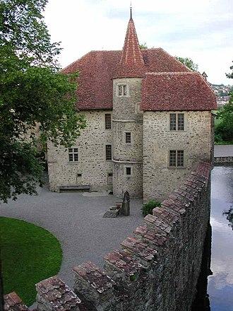 Hallwyl Castle - Image: Schloss Hallwil 01