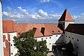 Schloss Orth 2012 Innenhof h.jpg