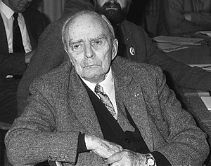 Seán MacBride - Seán MacBride in 1986