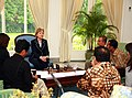 Secretary Clinton Leads Jakarta Media Roundtable (3295610998).jpg