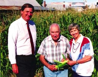 Meldrim Thomson Jr. - Thomson and his wife meet with Senator Bob Smith