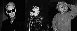 Siouxsie & the Banshees, zleva doprava: Steven Severin, Siouxsie Sioux and Budgie