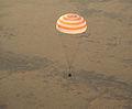 Soyuz TMA-09M landing (2).jpg