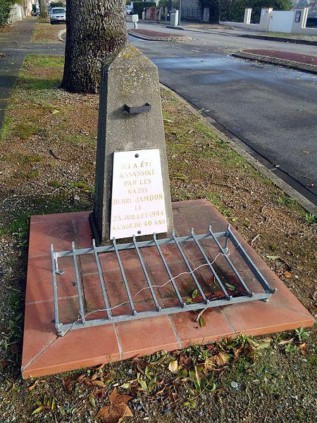 Stèle à Colomiers dédiée à Henri Jambon tué par les nazis le 23 juillet 1944.