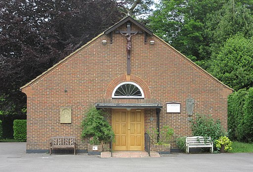 St Anselm's Church, Churt Road, Beacon Hill (June 2015) (1)