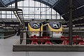 St Pancras railway station MMB I4 373999 373020.jpg