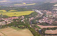 Stadt Dornburg-Camburg seit Dezember 2008 Luftbild Saaletal bei Dorndorf-Steudnitz Foto 2006 Wolfgang Pehlemann Wiesbaden PICT0238.jpg