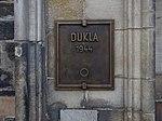 Staroměstská radnice, pamětní deska - Dukla.jpg