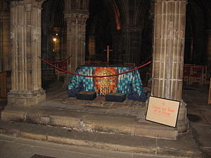 Saint Mungo - Tomb of St. Mungo in the crypt of Glasgow Cathedral