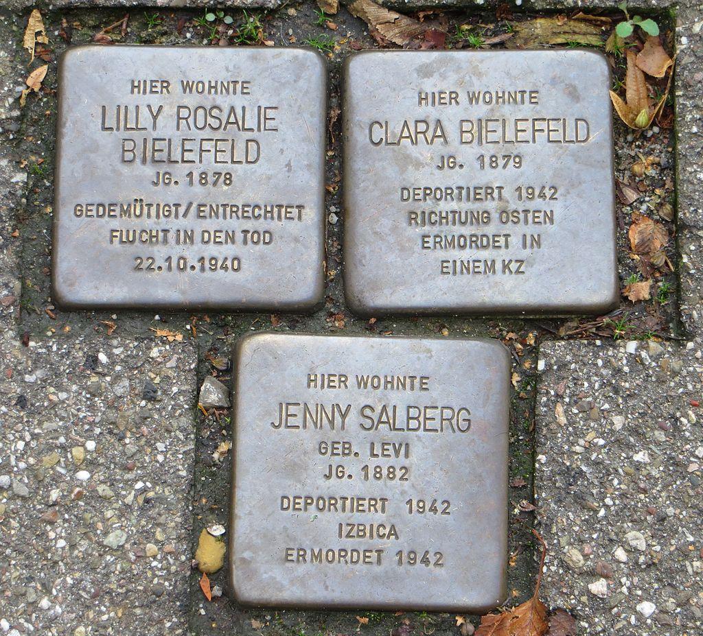 Stolperstein Lilly Bielefeld Clara Bielefeld Jenny Salberg Baden-Baden.jpg