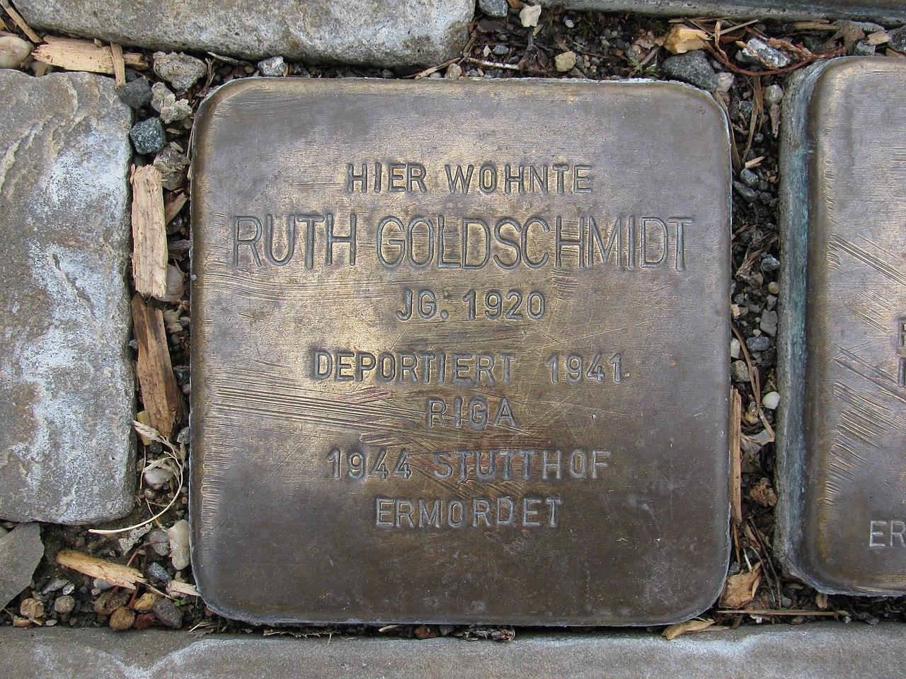 Stolperstein Ruth Goldschmidt, 1, Oststraße 79, Schmallenberg, Hochsauerlandkreis.jpg