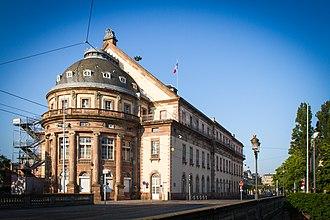 Strasbourg Opera House - Image: Strasbourg opéra de Strasbourg vu du pont du Théâtre juin 2013