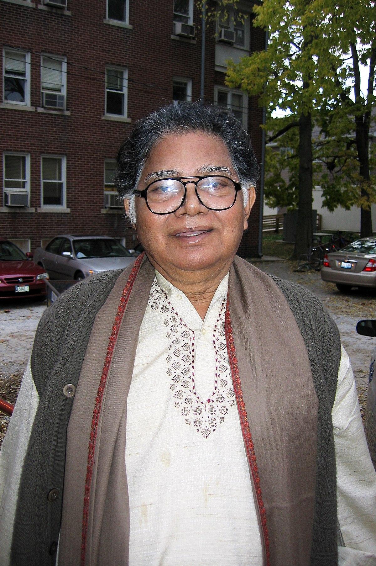 Sunil Gangopadhyay - Wikipedia