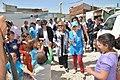 Susana Malcorra visita campo de refugiados sirios donde trabaja Cascos Blancos 05.jpg