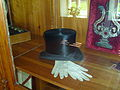 Tchaikovsky top hat and gloves.JPG