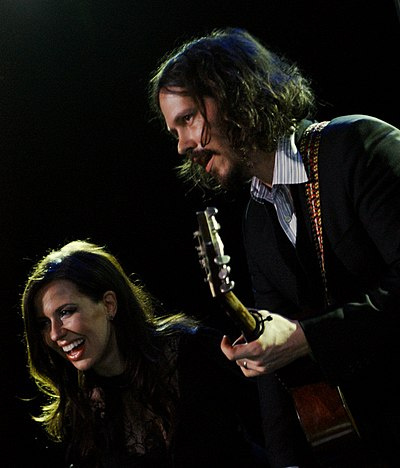 Picture of a band or musician: John Paul White