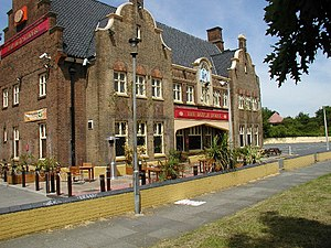 Roadhouse (facility) - The Dutch House, a typical British 1930s coaching inn on the busy A20 road in Eltham, Greater London.