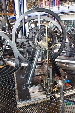 Murray's Hypocycloidal Engine - The engine at Thinktank